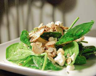 Feta, mushroom and spinach salad
