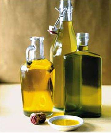 Olive oil and its color